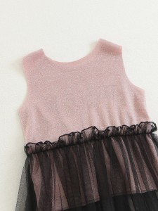 T-shirt with letters and flowers Tops